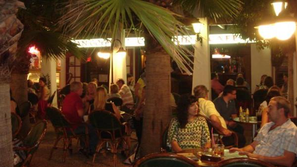 Van Gogh Pub - Servicio exclusivo y personalizado